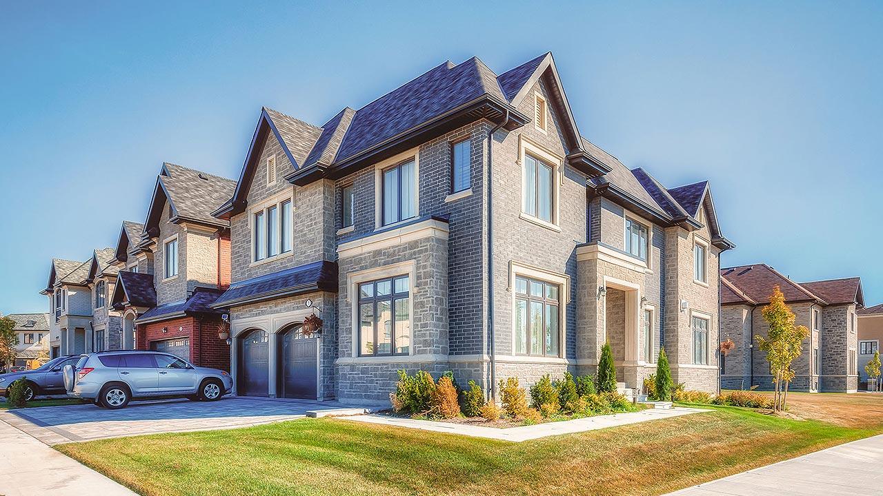 village_park_estate_homes-ext6_1280x720
